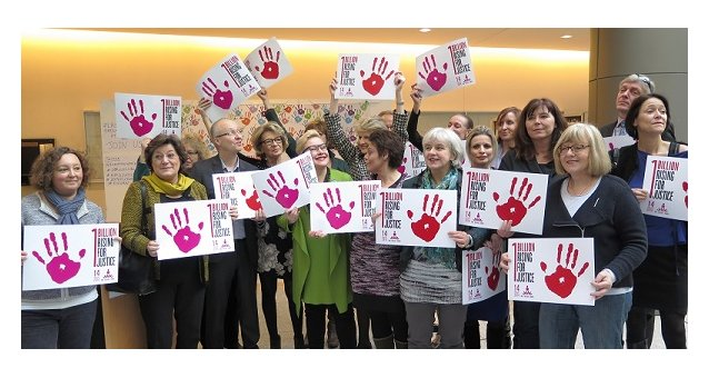 The European Parliament rises for justice and for 2016 to be the EU Year to End Violence against women